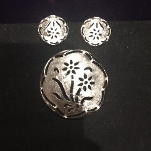 Silver clip on earrings and pin set